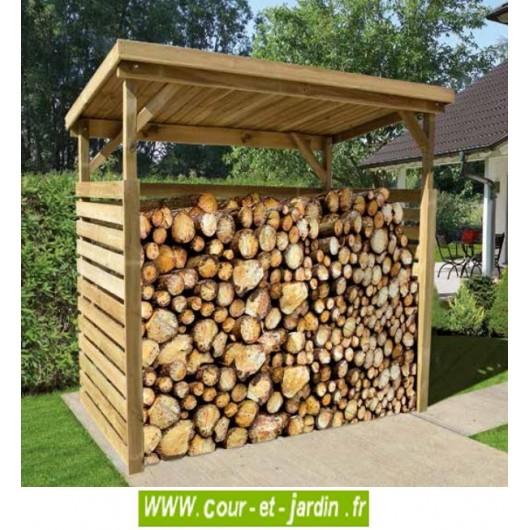 abri de bois de chauffage