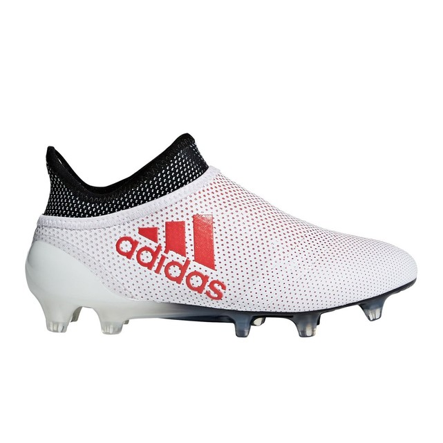 outlet store 2144c fdb51 Chaussure de foot adidas