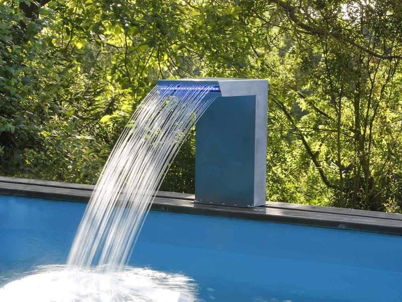 cascade de piscine